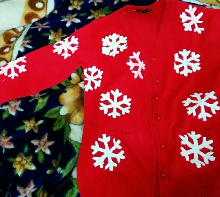 Boring Cardigan To Christmasy Look # Snowflake Cardigan