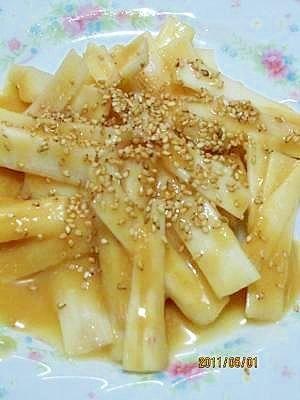 「うどの酢味噌和え (我が家の味)」旬のうどを、ほんのり甘みのある酢味噌で和えて、簡単・美味しい。晩御飯の副菜におすすめ。【楽天レシピ】
