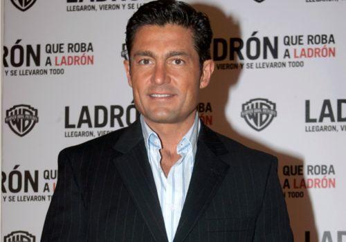 Impacta Fernando Colunga en su regreso como villano a las telenovelas (VIDEO)