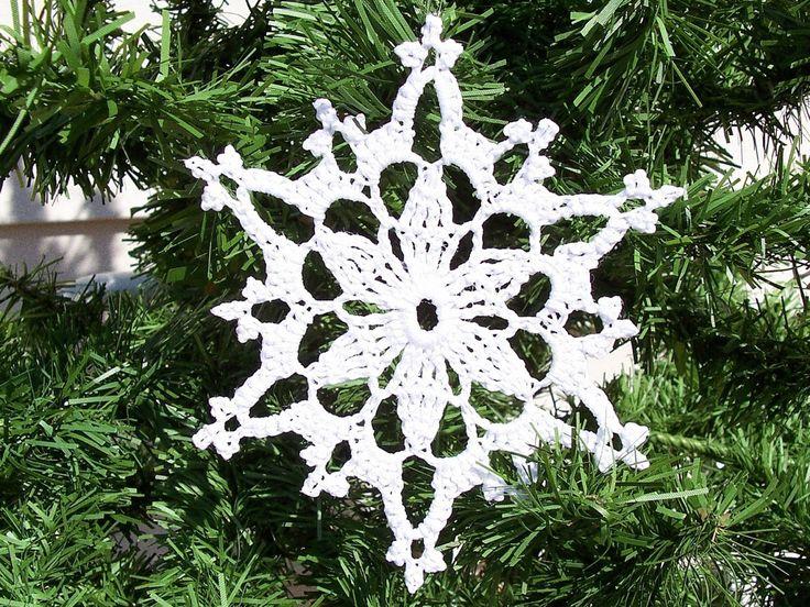 quochet  snowflake pattern | Free Easy Crochet Snowflake Pattern
