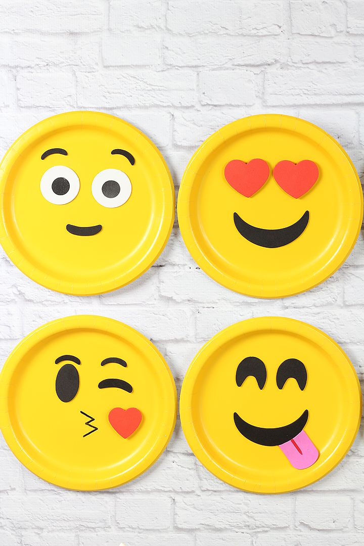 Contains directions to create a cute emoji bulletin board!