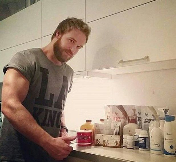 ЧТО НРАВИТСЯ МУЖЧИНАМ?  Вы знаете как мужчинам нравится продукия Форевер: жидкое мыло, крем после бритья, пенка для бритья на основе Алоэ Вера.     Попробуйте! Вы влюбитесь в эту продукцию.   вибирайте себе по нраву!  https://aloeveraeco.shop/product/gel-dlya-britya-aloe-shejv/    Связаться со мной https://mssg.me/forever  По ссылке переходите в Вайбер!  #натуральная #косметика #ЗОЖ #ПП #Тула #Серпухов