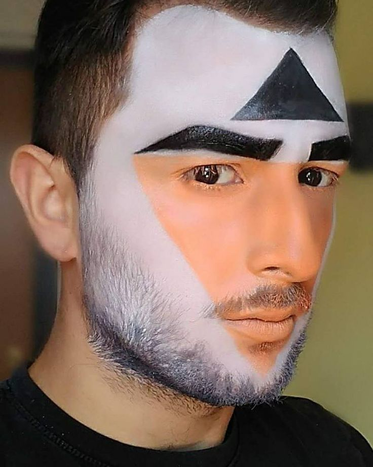 #facepaint #geometryfacial #geometricalfacepaint #geometricalmakeup #makeupartist #makeup #artistixmakeup #facepaint #facepainting #aquacolor #paint