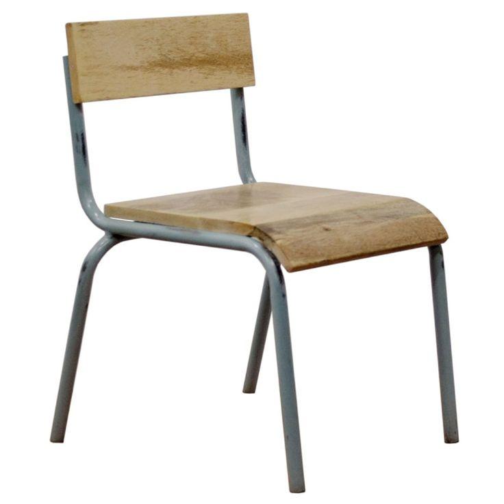 Of je nu huiswerk maakt, lekker aan het tekenen bent of gezellig met de visite in een kringetje zit: met de Kidsdepot Pure stoel is alles goed! Met zijn vintage en industriële looks gooit hij hoge ogen in elke ruimte. Ga toch zitten!