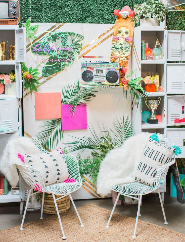 Colorful + Unique 80s Inspired event styling from The Jam Event 2017 via @gws. Follow us @kwhbridal