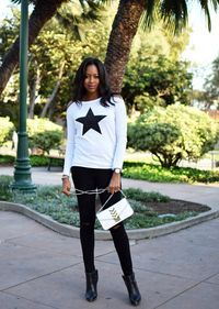 See why I moved from New York to Los Angles and check out my black and white rocker chic outfit. https://www.busywifebusylife.com/fashion/mylooks/nyc-to-la/