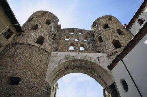 Susa, Piemonte. Castelli e Fortificazioni