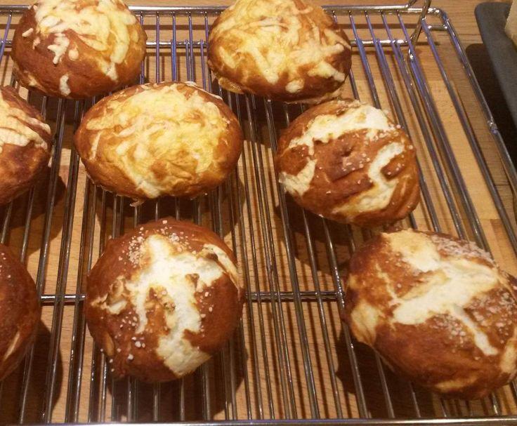Rezept Laugenbrötchen Glutenfrei von Pelma - Rezept der Kategorie Brot & Brötchen