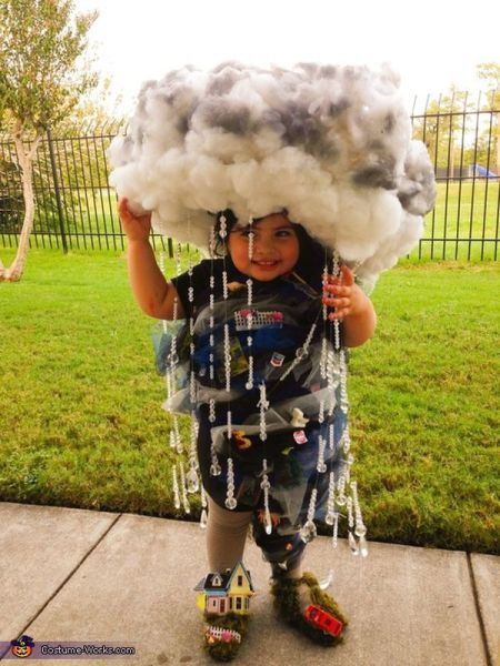 Love this Rain Cloud Halloween costume!