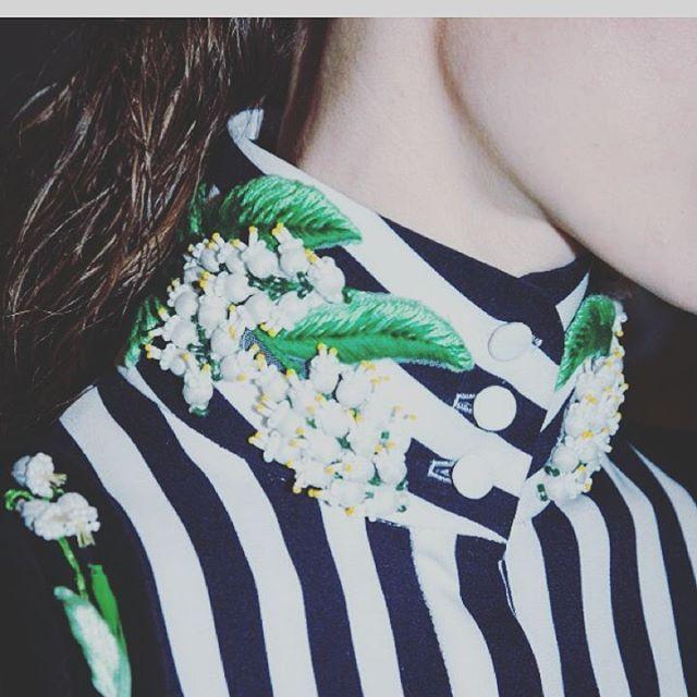 Righe e il ricamo...una combinazione particolare.. #embroideryjewellery #fashion #embroidery #ricamo #вышивка