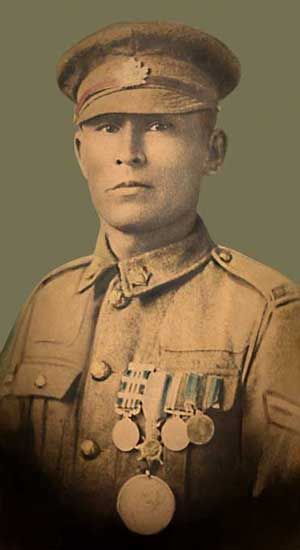 Francis Pegahmagabow - the most effective sniper of World War I. Canadian 'First…