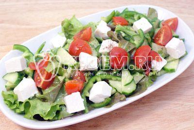 Салат с сыром «Фета» и овощами