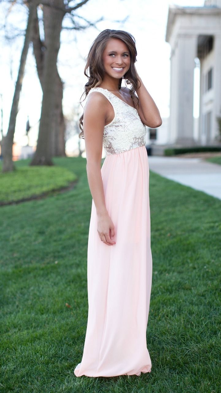 The Pink Lily Boutique - An Elegant Affair Peach Maxi, $42.00 (http://thepinklilyboutique.com/an-elegant-affair-peach-maxi/)