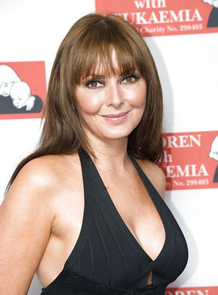 Sexy UK Milf (Carol Vorderman) - Celebrities MILFs Matures