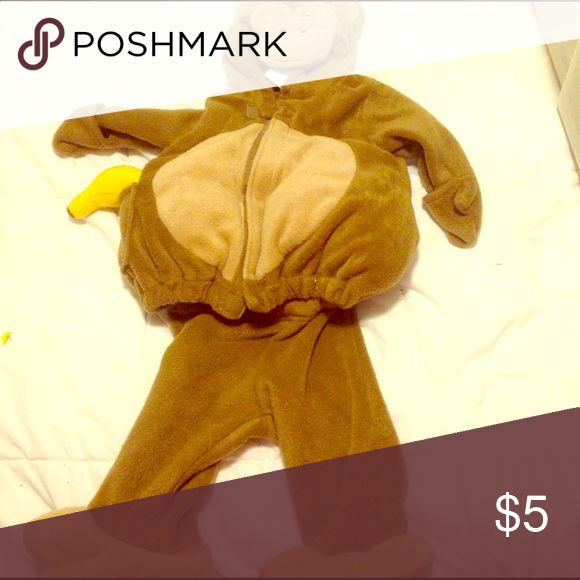Baby Monkey Costume Monkey costume in excellent condition! Super cute. It even comes with a banana! Old Navy Costumes Halloween