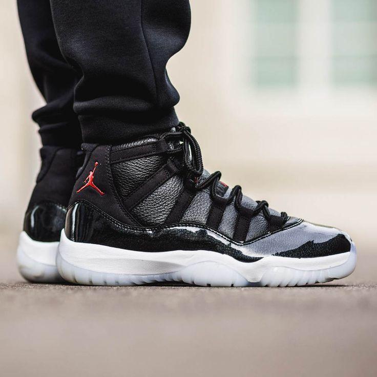 Nike Air Jordan XI '7210'