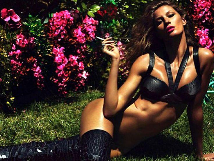 Επ' ευκαιρία του Μουντιάλ η Βραζιλιάνα Top Model Ζιζέλ κοσμεί τις σελίδες του γαλλικού ανδρικού περιοδικού Lui σκοράροντας με μια από τις πιο σέξι φωτογραφίσεις της καριέρας της.