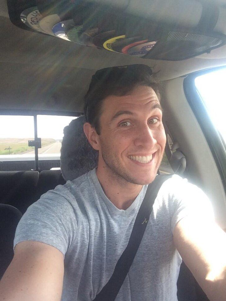 Pin for Later: OITNB's Pablo Schreiber Is Really Hot Without That Pornstache He even takes adorable selfies. Does this look like the face of a masochistic jerk? NOPE.