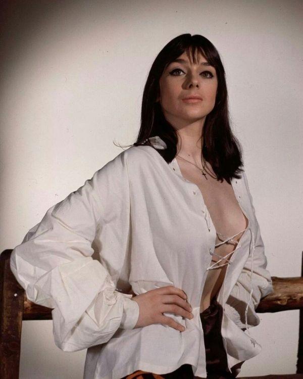 Jacqueline Pearce Nude Photos 3