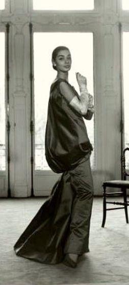 1955 -  Hubert de Givenchy evening gown