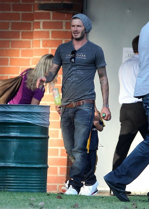 David Beckham in Mosley Tribe Lyndel Sunglasses & David Lindwall T-shirt