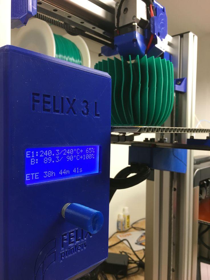 Tulostus vasta alussa Felix 3L 3D-tulostimella.