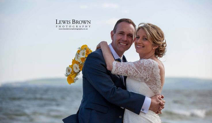 Beach wedding - Bournemouth | Lewis brown photography
