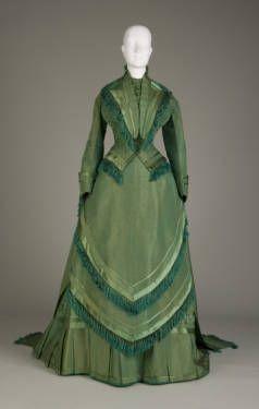 Dress :: Collection OnlineBasic IDWedding dress, 1874. Silk satin, taffeta. Maker unknown. Gift of Messrs. Charles B., Frank S., and Robert D. Elder. 1946.31a-d TitleDress Place of OriginUnited States Date1874
