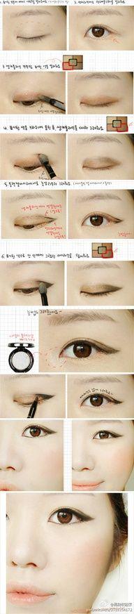 gold and black eye liner #asian #makeup