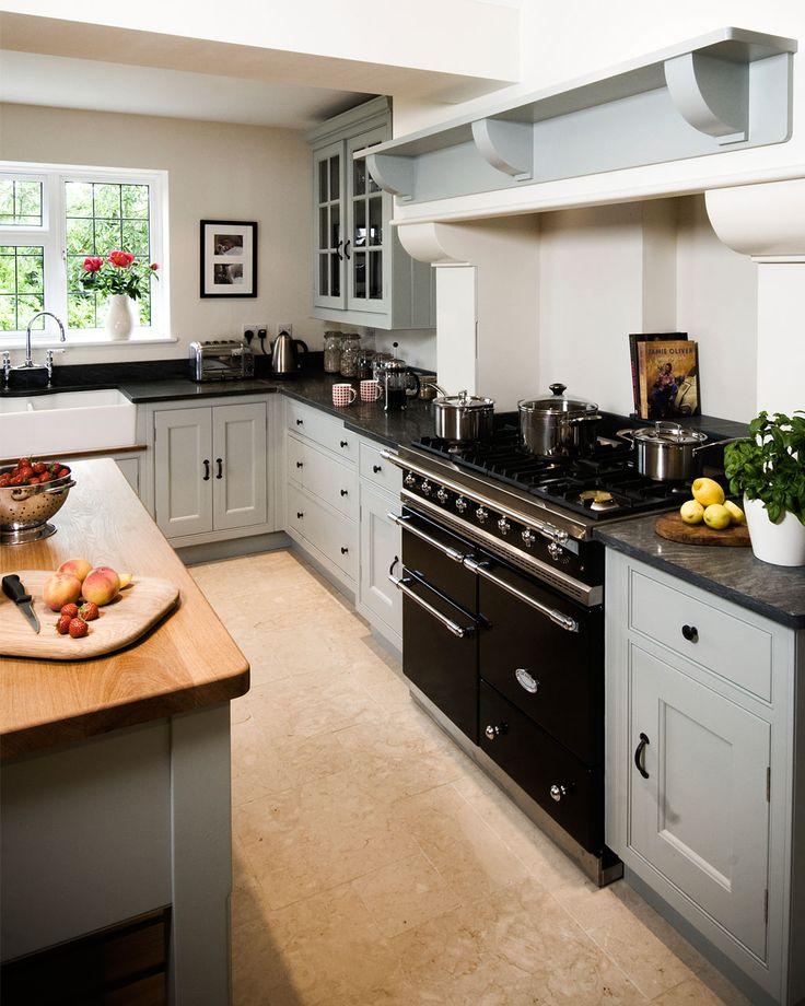 25 Best Ideas About Modern White Kitchens On Pinterest: Best 25+ Granite Kitchen Ideas On Pinterest