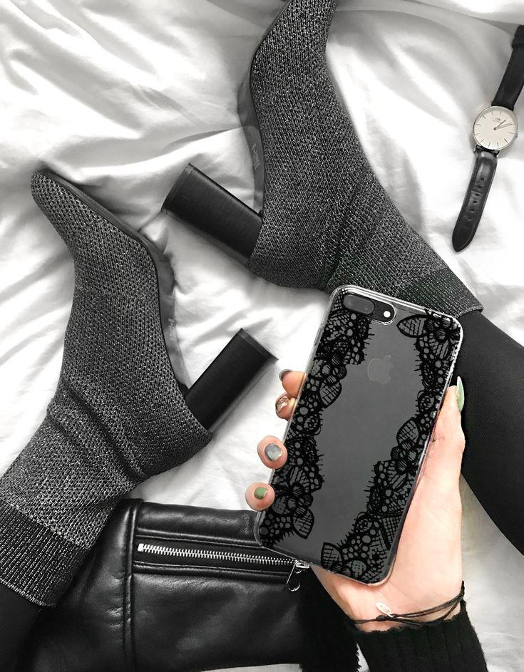 #fashion #shoes #moda #style #highheels #etui #accessories #fashionblogger #styleinspiration #zara #zaraeditorial #zarashoes #watches #danielwellington #wkruk #leatherjacket #leathercraft #blackoutfit #allblack #ootd #potd #design #inspitation #inspo2you