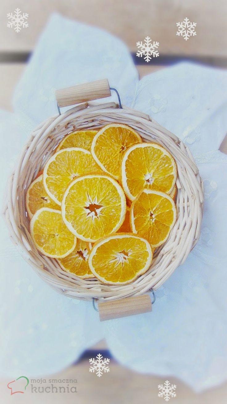 Jak suszyć owoce? Suszone plastry pomarańczy