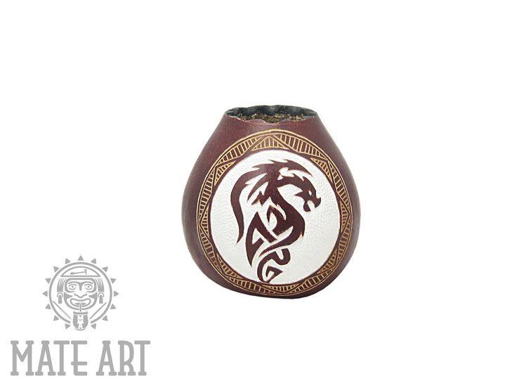 Ręcznie rzeźbiona tykwa do Yerba Mate w pracowni Mate Art  Fot: Robert Przydatek  #yerbamate #tykwa #gourd #mateart #robertprzydatek
