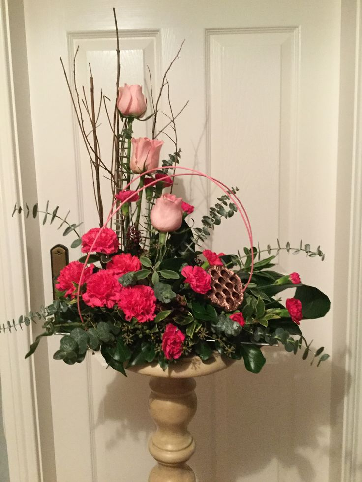 Pink roses and carnations