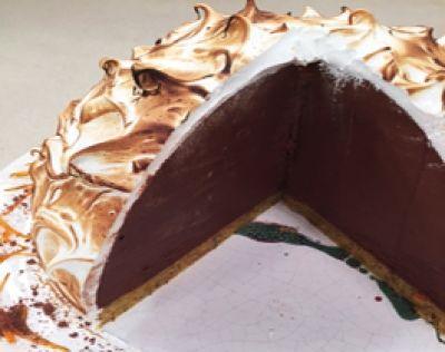 Torta bomba de mandarina, almendras y mousse de chocolate
