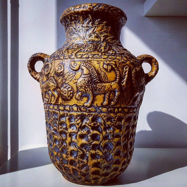 XL Jasba ancient vase  #xl #floorvase #jasba #ancient #antique #brown #graphite #relief #two #handled #wgp #westgermanpottery #germany #fatlava #vintage #modern #midcentury #moderndesign #retro #70s #pottery #ceramic #vase #flowers