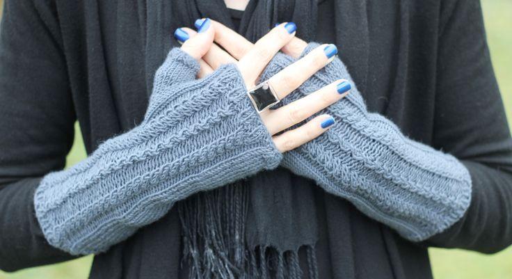 17 meilleures images propos de mitaines gants sur - Comment tricoter des mitaines avec doigts ...