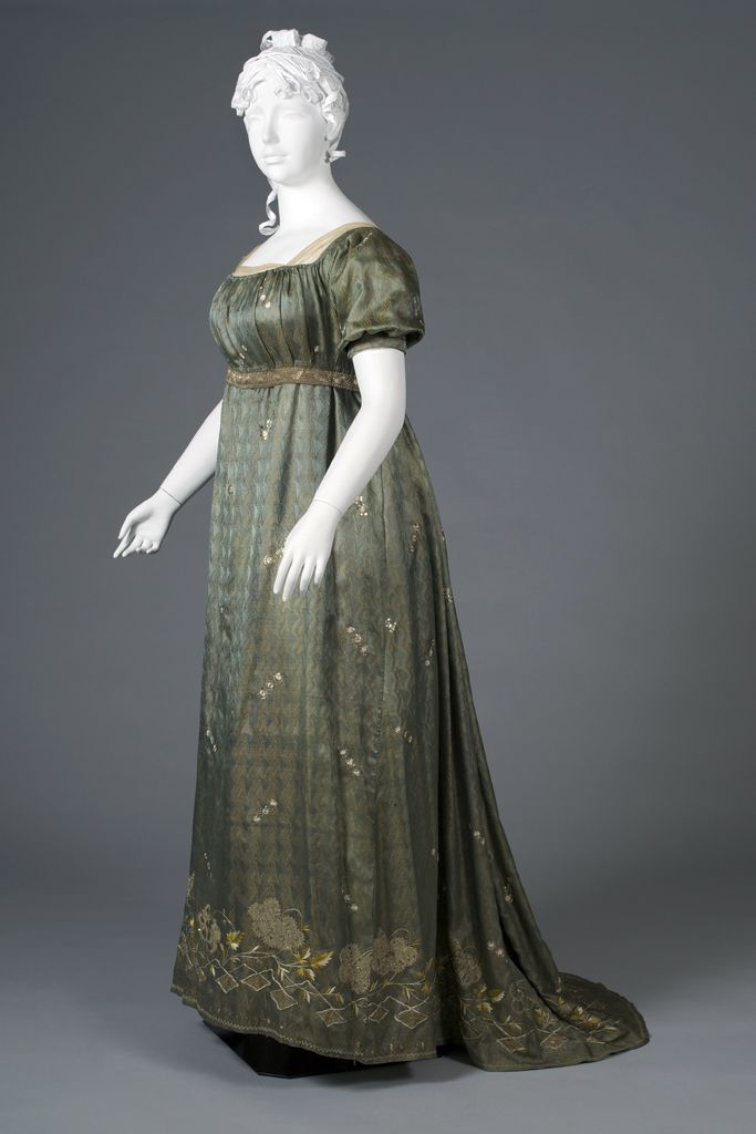 Evening Gown: ca. 1805, silk lampas, snowflake like appliqué with sequins…