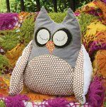 Pattern download for Hootie Pie Pillow from Fall 2012 Stitch Craft Create
