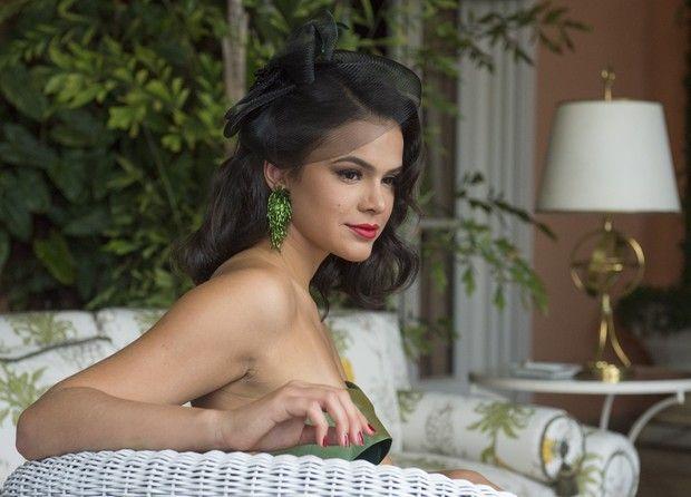 Bruna interpreta Beatriz, uma dançarina que vai virar estrela da televisão. Foto: Globo/Divulgação