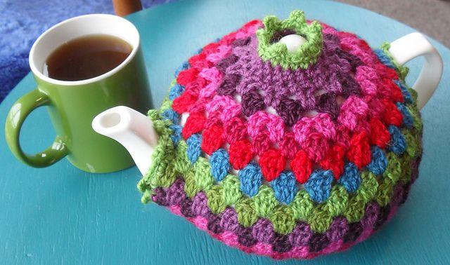 Ravelry: Granny Tea Cozy! Free pattern by Alice Best.