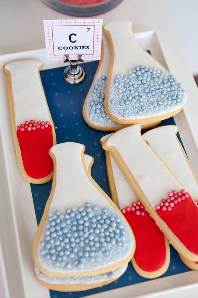 Love the dragee bubbles in these flask and test tube cookies for a science party.