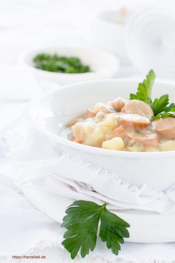 Suppen Rezepte: Leckere Kartoffelsuppe für jeden Tag - ein echter Klassiker! Kartoffel und Suppe ist immer eine gute Idee #deutsch #foodblog #suppenrezepte