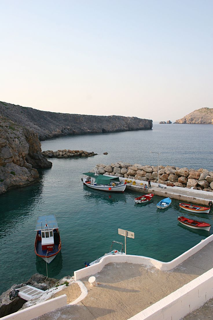 Potamos port