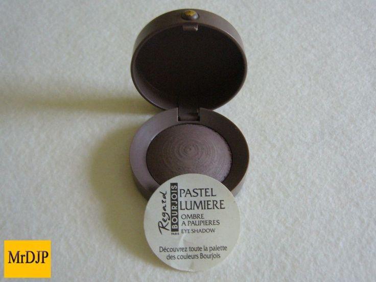 Bourjois Paris   Pearl eyeshadow   Brun gris chic 57   1.5g   New