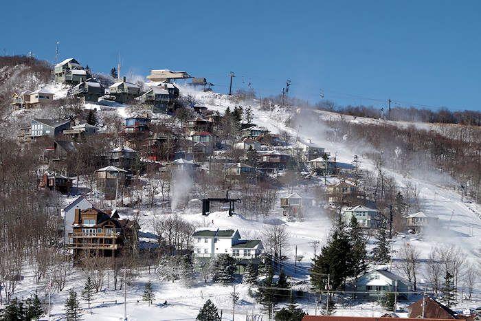 Beech Mountain Resort: Ski and Snowboard