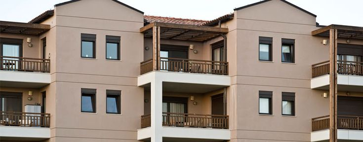 E52 is a sliding system that belongs to the new generation of ETEM's thermo break systems and offers excellent thermal insulation and sound reduction characteristics in its category.  Designed to fulfil aesthetic and functional needs, E 52 offers a wide range of profiles, both for straight lines and rounded contours, that give the flexibility to construct a very wide range of typologies.
