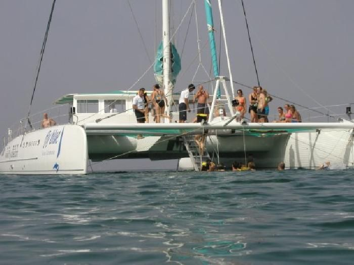 Catamaran #Cruise in #Marbella and Puerto Banús to enjoy the Mediterranean sea ;)
