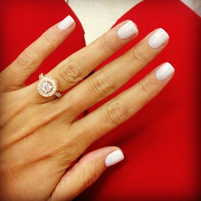 Essie Marshmallow She Has The Perfect Nail Shape And