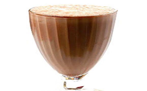Receita de milk shake de chocolate e canela para a fase cruzeiro PL dukan.